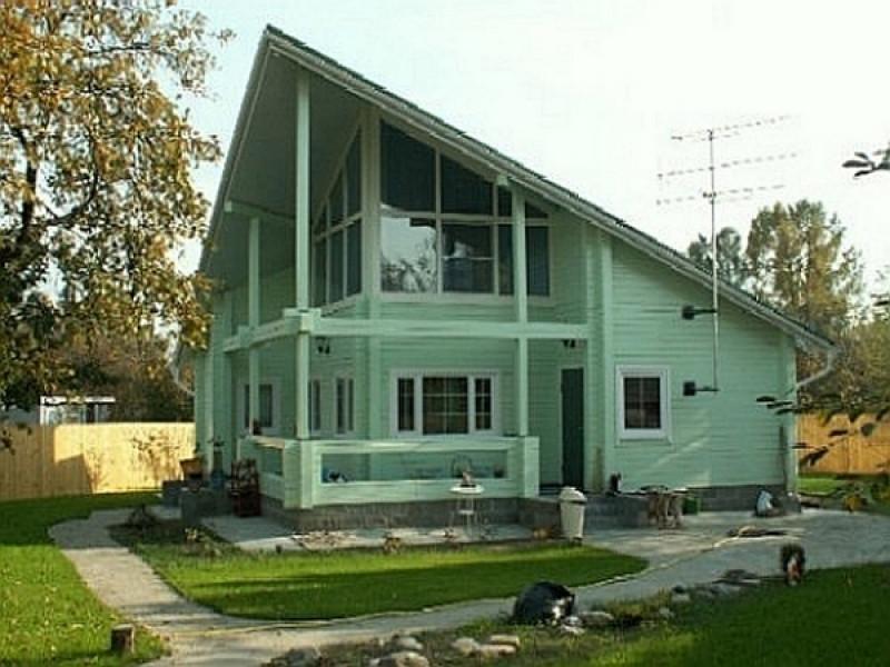 Двухэтажные дома из бруса